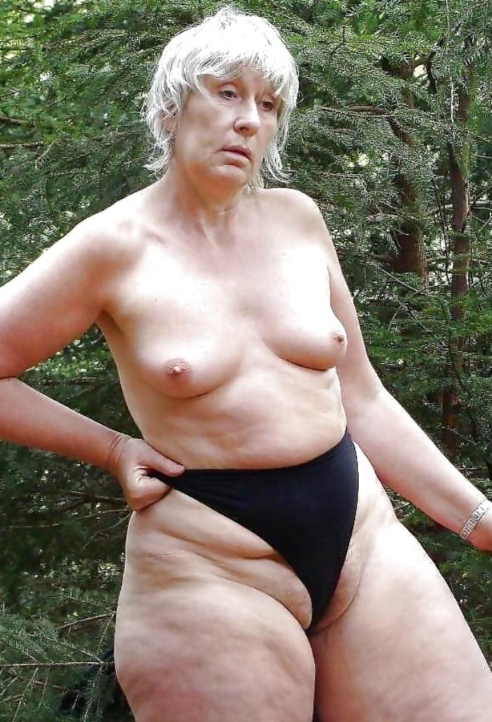 Nackte Muttis für Privater Sex Franken faszinieren.
